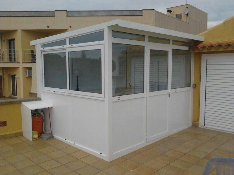 Cerramientos terrazas carpinteria de aluminio instalum d m for Cerramiento aluminio terraza
