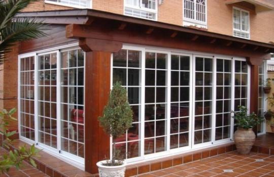 Cerramientos porches carpinteria de aluminio instalum d m - Porches de aluminio y cristal ...