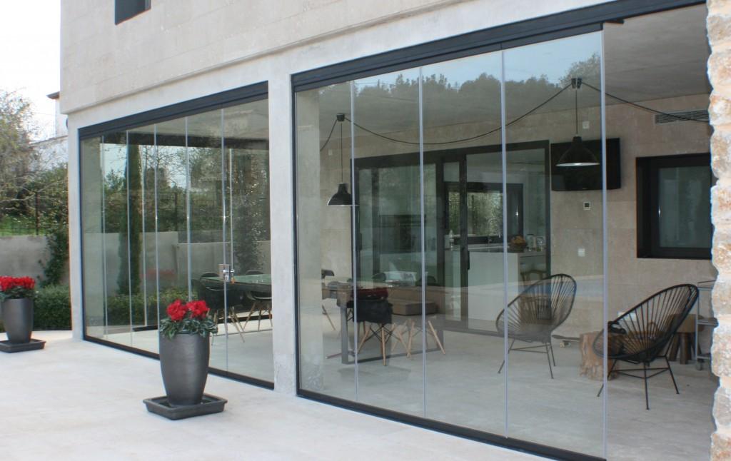 Cortinas de cristal carpinteria de aluminio instalum d m for Cortina cristal terraza