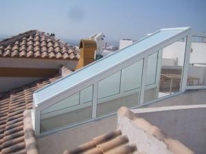 Salida a terraza con aluminio y vidrio